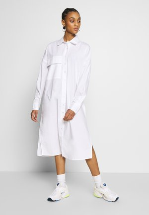 MAXI SHIRT DRESS - Skjortekjole - white