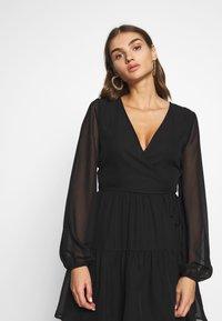 Nly by Nelly - FIERCE WRAP DRESS - Vestido informal - black - 3