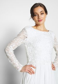 Nly by Nelly - TRIM GOWN - Abito da sera - white - 5
