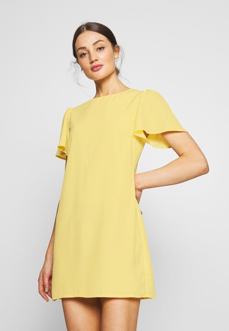 Nly by Nelly - FRILL PUFF SLEEVE DRESS - Robe d'été - light yellow