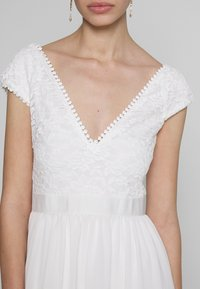 Nly by Nelly - UPPER DRESS - Korte jurk - white - 5