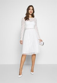 Nly by Nelly - DREAM DRESS - Cocktailklänning - white - 1