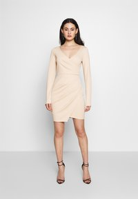 Nly by Nelly - LONG SLEEVE WRAP DRESS - Etui-jurk - beige - 0