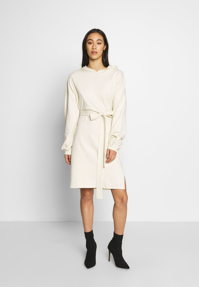 HOODIE BELT DRESS - Vestido informal - off-white
