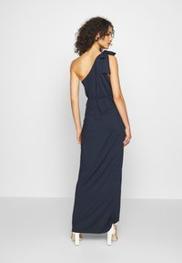 Nly by Nelly - ONE SHOULDER GOWN - Vestido de fiesta - navy - 2