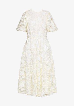 DREAMY MAXI DRESS - Společenské šaty - light yellow