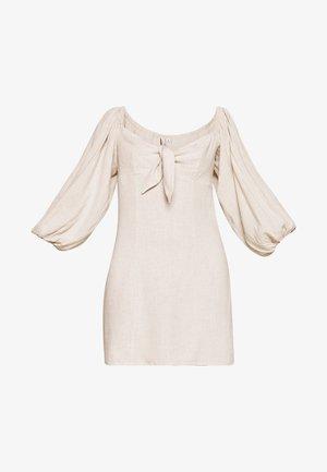 OFF SHOULDER DRESS - Vestito estivo - beige
