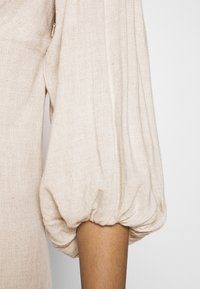 Nly by Nelly - OFF SHOULDER DRESS - Day dress - beige - 5
