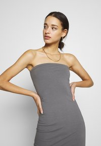Nly by Nelly - OFF DUTY TUBE DRESS - Etuikjole - gray - 3