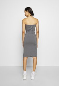 Nly by Nelly - OFF DUTY TUBE DRESS - Etuikjole - gray - 2