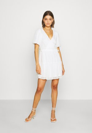 PUFF DOBBY DRESS - Korte jurk - white