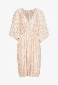 Nly by Nelly - PLEATED KIMONO DRESS - Vestito elegante - champagne - 0