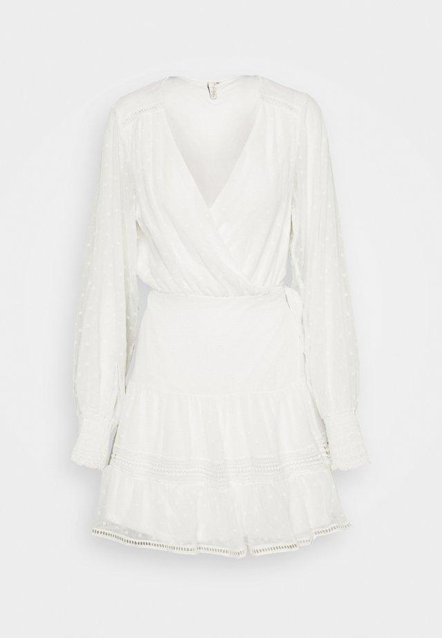 FLAWLESS WRAP DRESS - Day dress - white