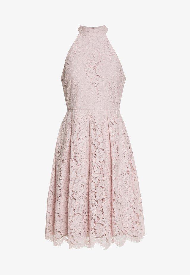 BLINDING MIDI DRESS - Koktejlové šaty/ šaty na párty - dusty pink