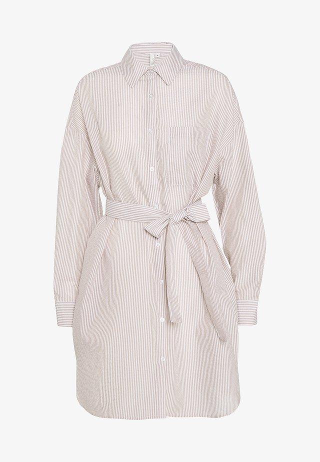 CASUAL SHIRT DRESS - Korte jurk - beige