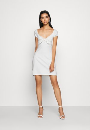 TIE FLIRTY DRESS - Korte jurk - white