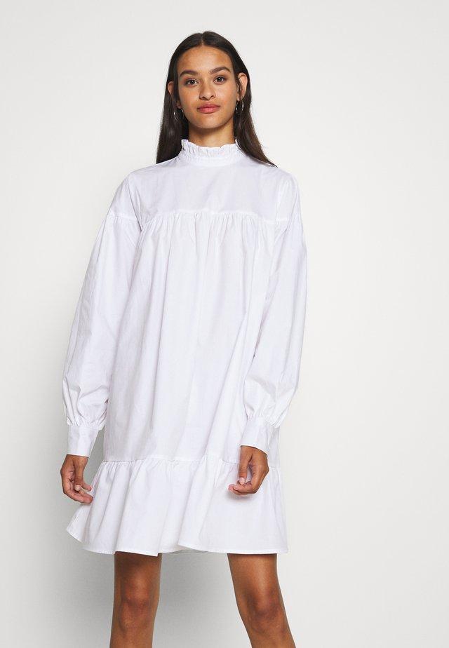 CUTE MINI DRESS - Kjole - white
