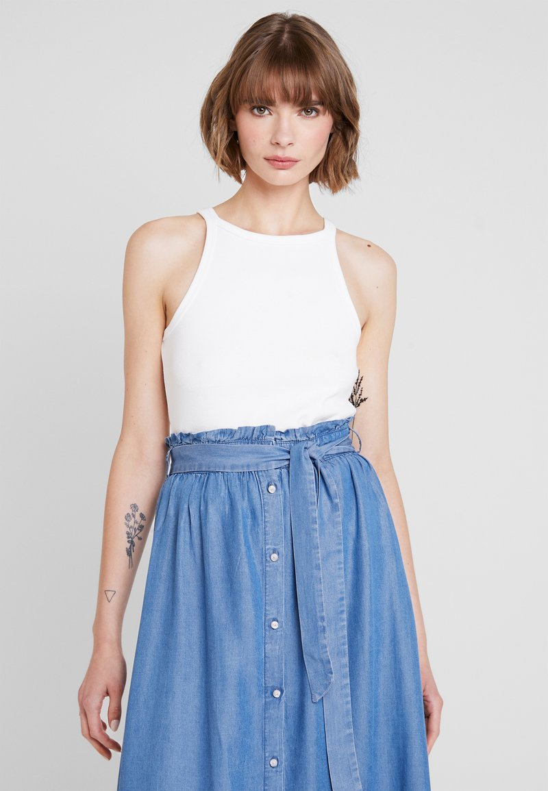 Nly by Nelly - HIGH NECK - Topper - white