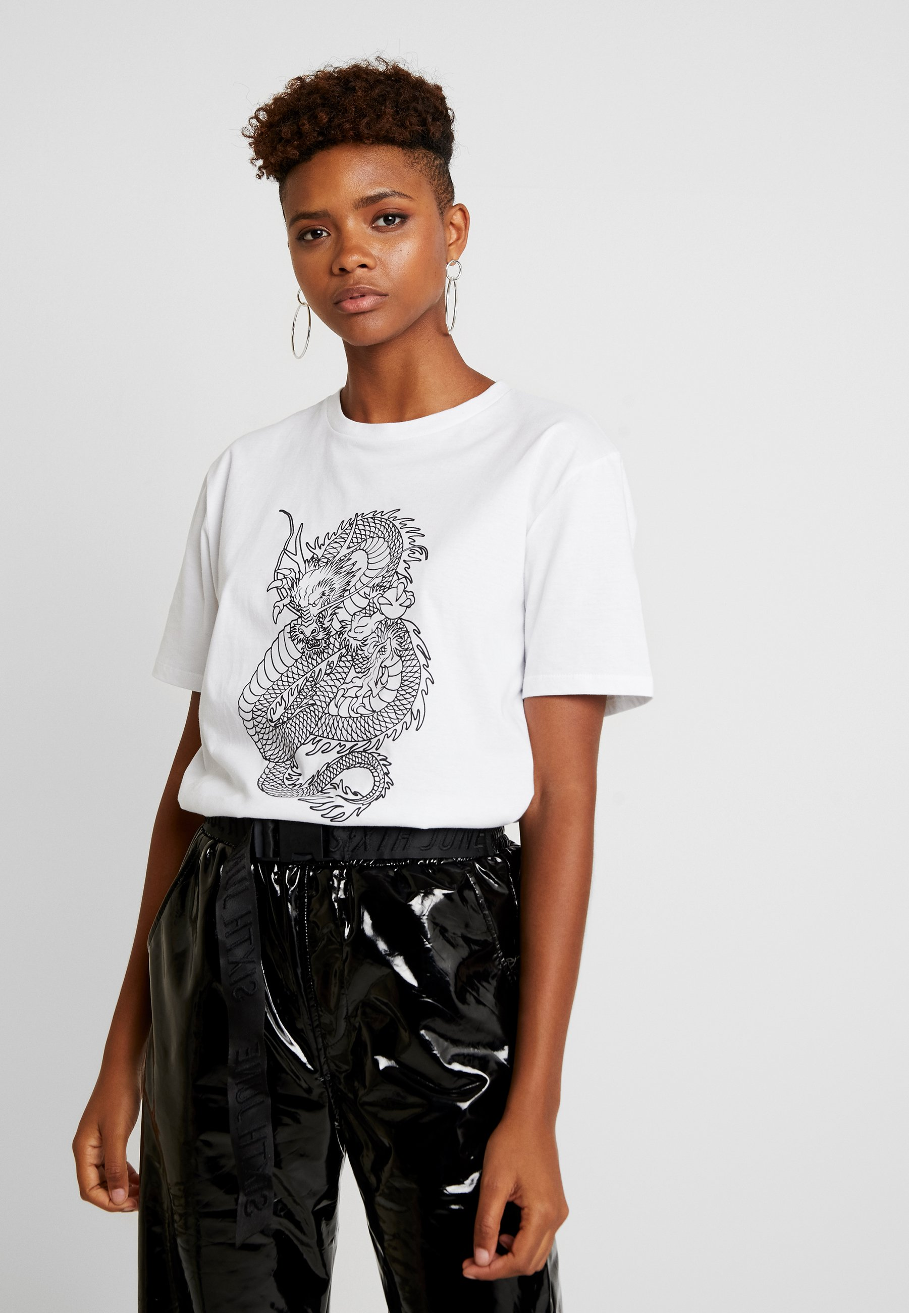 White TeeT shirt By Statement Imprimé Nly Nelly FKcl1TJ
