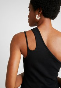 Nly by Nelly - ONE SIDE - Topper - black - 5