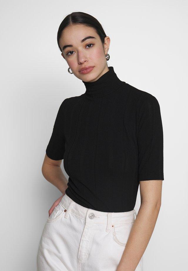 HIGH TURTLENECK TOP - T-shirts med print - black