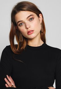 Nly by Nelly - SLEEVE DETAIL - Topper langermet - black - 3