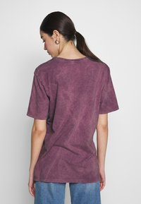 Nly by Nelly - WASHED OUT TEE - Basic T-shirt - purple - 2