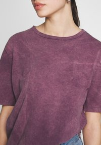 Nly by Nelly - WASHED OUT TEE - Basic T-shirt - purple - 5