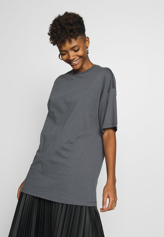 EXTRA OVERSIZE TEE - T-Shirt basic - offblack