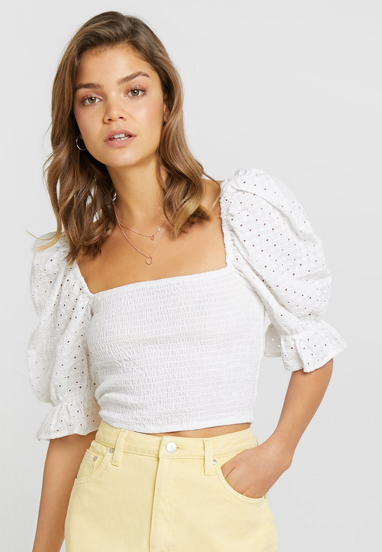Nly by Nelly - DELISH SMOCK CROP - Blusa - white