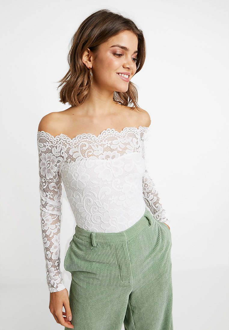 Nly by Nelly - OFF SHOULDER BODY - Bluser - white