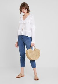 Nly by Nelly - EXCLUSIVE BLOUSE - Blůza - white - 1