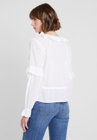 Nly by Nelly - EXCLUSIVE BLOUSE - Blůza - white - 2