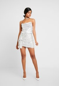 Nly by Nelly - DRAPED SEQUIN SINGLET - Topper - silver - 1