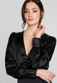 Nly by Nelly - EYE CATCHER BLOUSE - Blus - black - 4