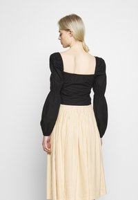 Nly by Nelly - BUTTON SAVANNAH - Blouse - black - 2