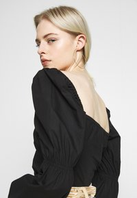 Nly by Nelly - BUTTON SAVANNAH - Blouse - black - 3