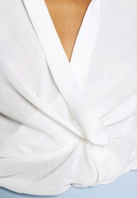 Nly by Nelly - STRUCTURE KNOT - Bluser - white - 5