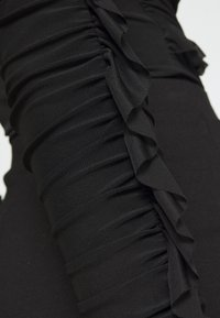 Nly by Nelly - RUFFLE BODY - Topper langermet - black - 6