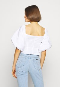 Nly by Nelly - LOVELY - Blouse - white - 2