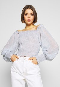 Nly by Nelly - FLOWY SMOCK - Blouse - light blue - 0