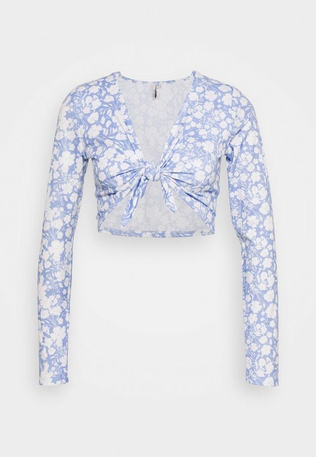 TIE FRONT SET - Shorts - blue