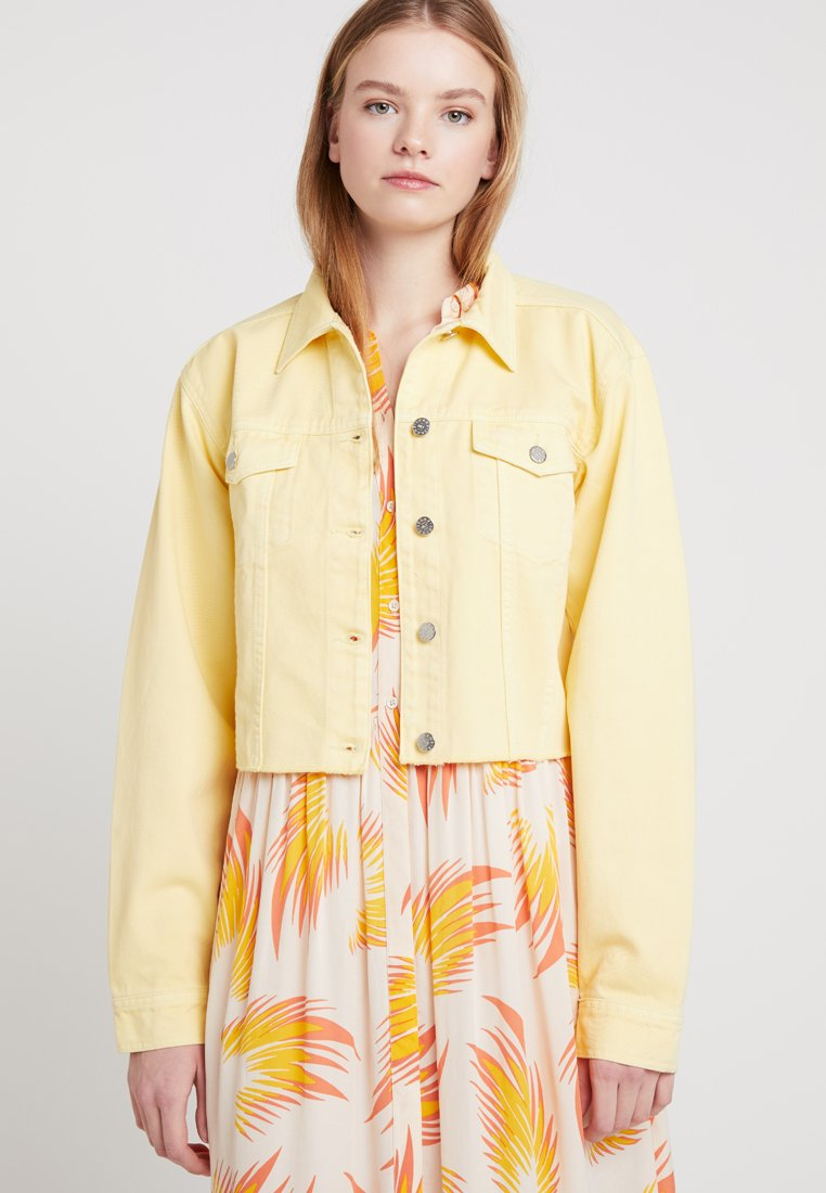 Nly by Nelly - CROPPED SPRING JACKET - Denim jacket - yellow
