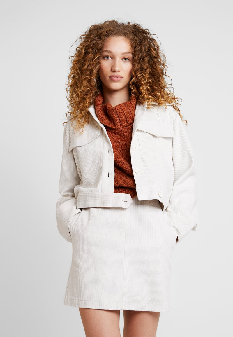Nly by Nelly - WIDE SLEEVE JACKET - Summer jacket - offwhite