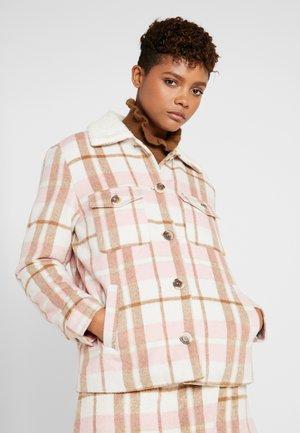 BUTTON FRONT SHACKET - Veste mi-saison - pink