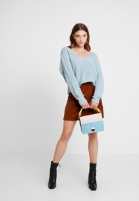 Nly by Nelly - V BACK LACE UP - Pullover - blue - 1