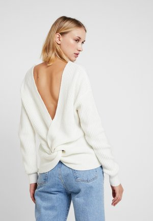 DEEP BACK - Strickpullover - white