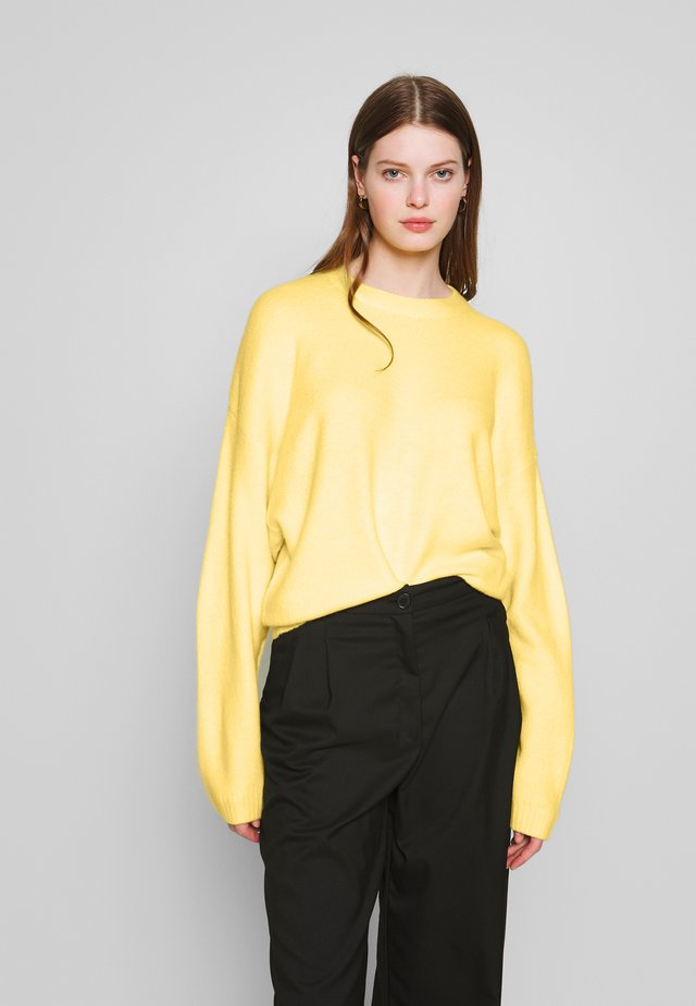 SLEEVE FOCUS KNIT - Pullover - light yellow