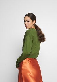 Nly by Nelly - CROPPED - Vest - green - 2