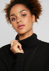 Nly by Nelly - HIGH POLO - Sweater - black - 4